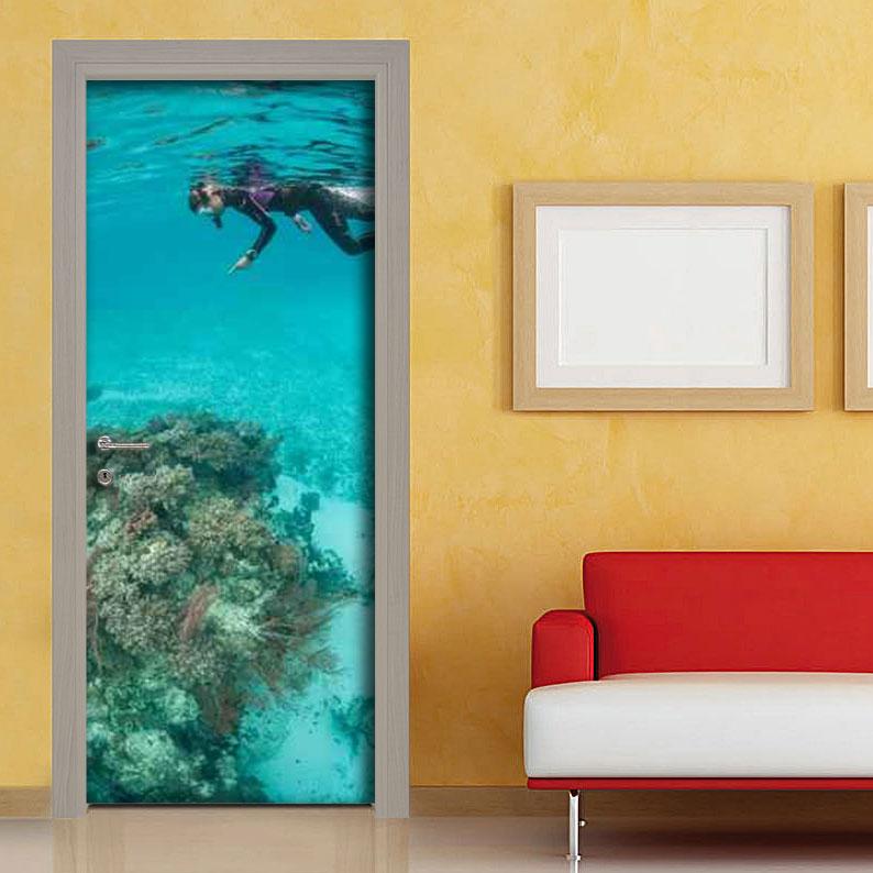 Adesivi per porte personalizza i tuoi ambienti con facilit - Pellicole adesive per rivestire mobili ...