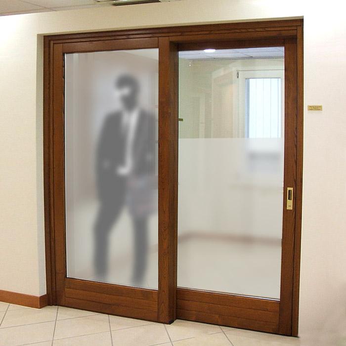 Pellicola effetto smerigliato per vetri per la privacy - Pellicole adesive per vetri esterni ...