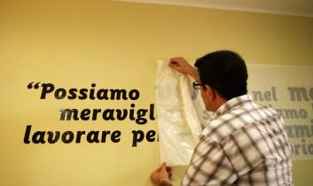 Scritte adesive pareti