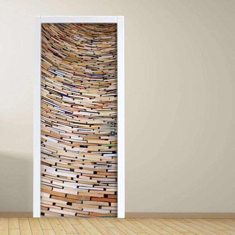 Adesivo per porta: pila di libri in biblioteca a Praga