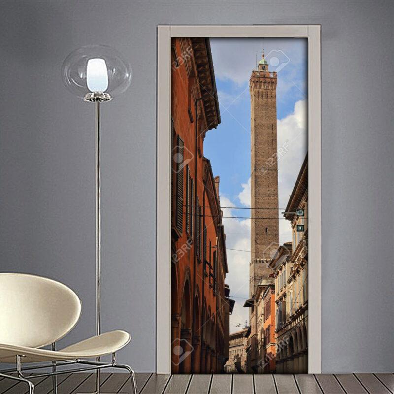Adesivo per porta: Torre medievale di Bologna vista da Strada Maggiore